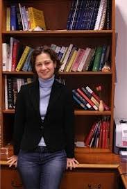 2012 TÜBİTAK Bilim Ödülü'nü kazanan üyemiz Prof. Dr. Özlem Keskin'i kutlarız