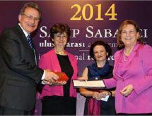 Bilim Akademisi üyesi Deniz Kandiyoti'ye Jüri Özel Ödülü