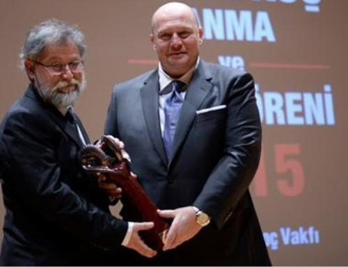 Bilim Akademisi Üyesi Ali Nesin'e Vehbi Koç Ödülü