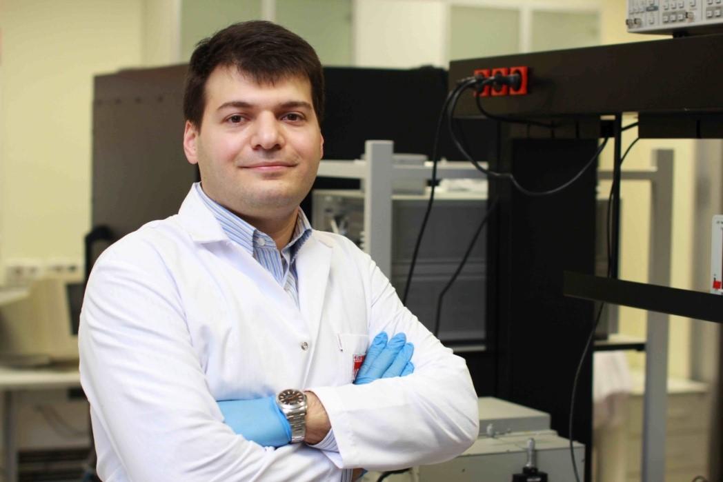 Ali Kemal Okyay - Bilkent Üniversitesi - Elektrik ve Elektronik Mühendisliği