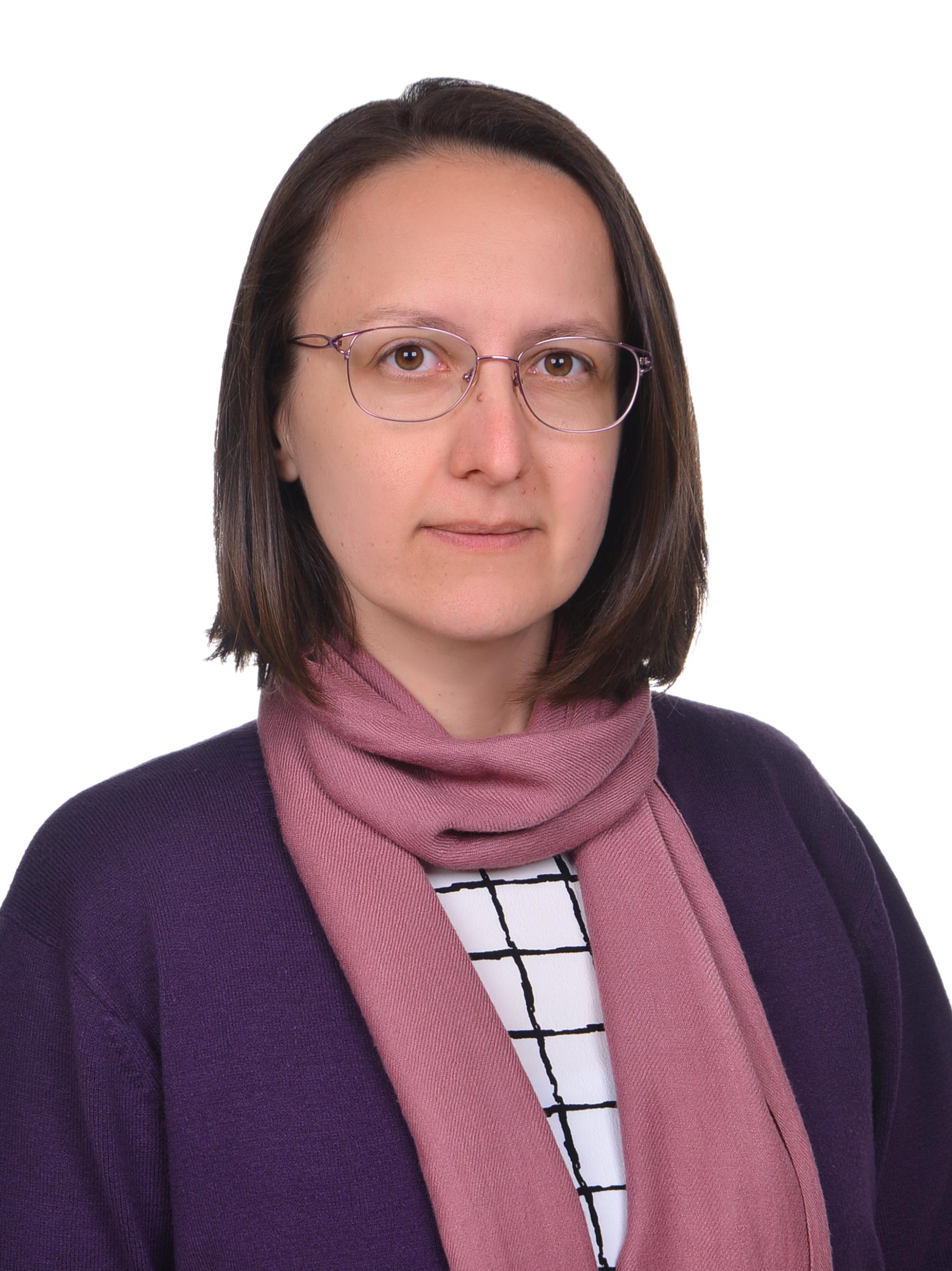 Lale Özkahya - Hacettepe Üniversitesi - Matematik